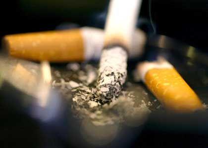Kippe bleibt aus: Italienische Raucher sollen statt in Zügen auf dem Bahnsteig qualmen