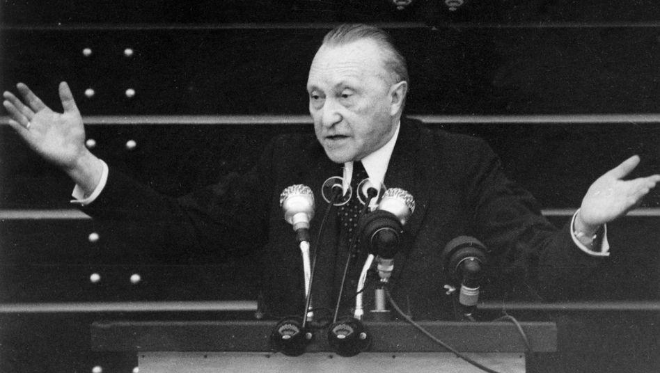 Bundeskanzler Adenauer