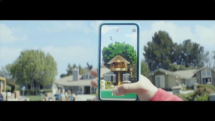 """Weiteres Werbebild zu """"Minecraft Earth"""": Im Trailer wirkt alles etwas spektakulärer als beim Prototypen-Test"""