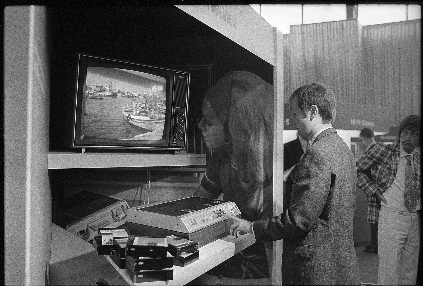 FERA Zürich 1971: Fernseher und Video-Gerät