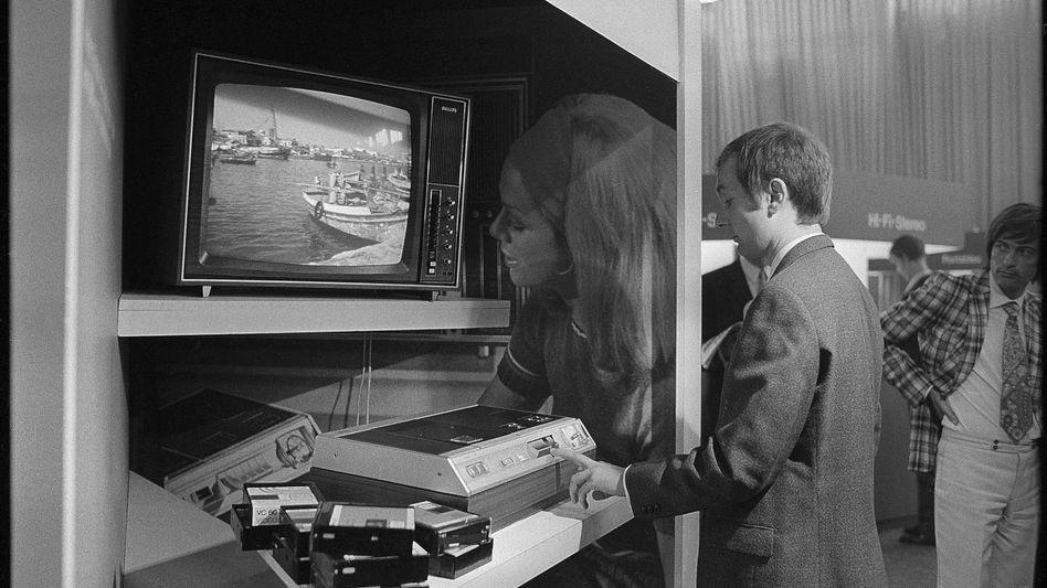 Fernseher mit Videorekorder
