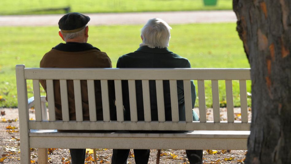 Viele Rentner fürchten, doppelt mit Steuern belastet zu werden