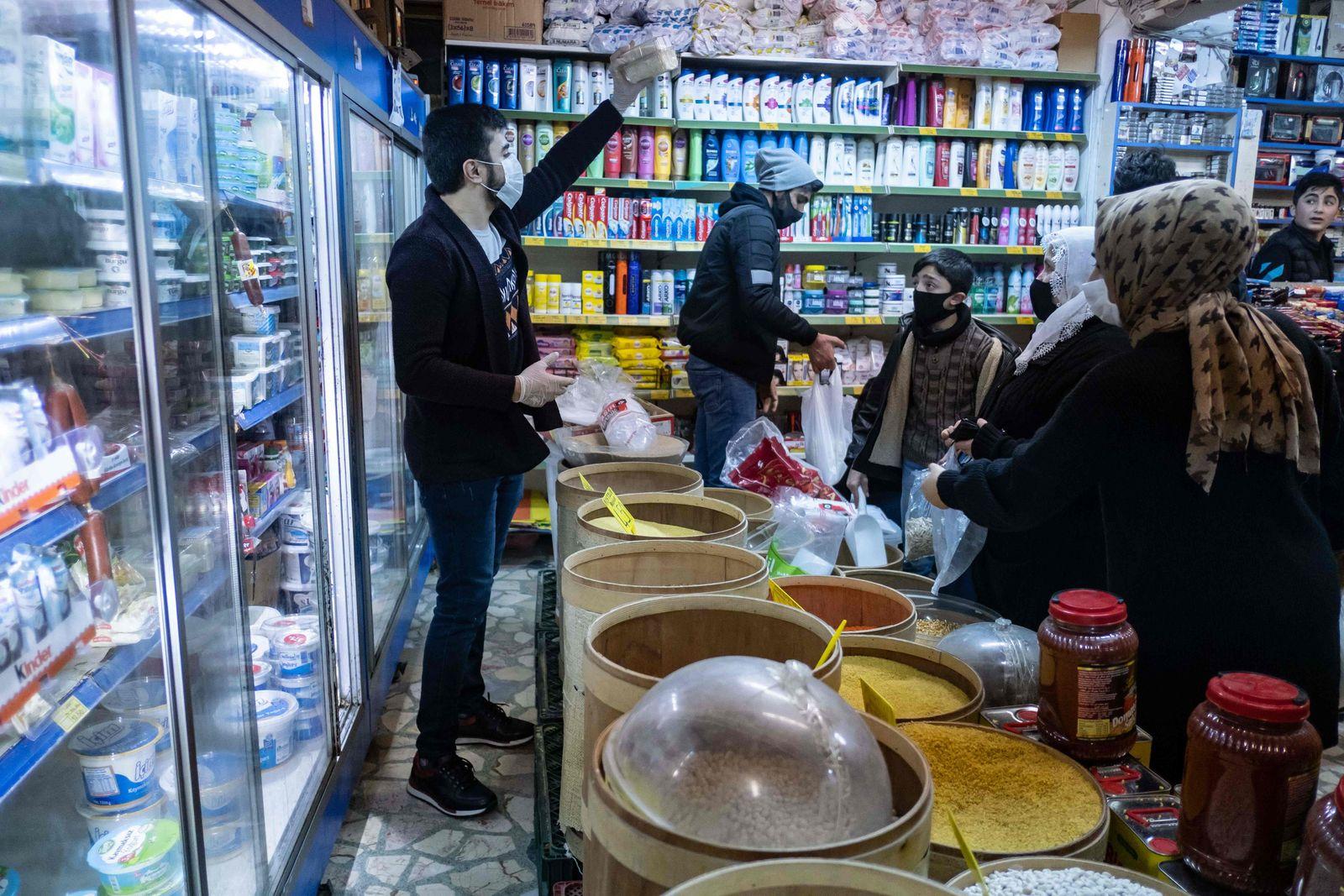 TURKEY-HEALTH-VIRUS-FOOD
