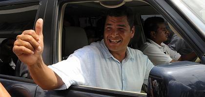 Ecuadors Präsident Correa: Prognosen sehen ihn siegreich