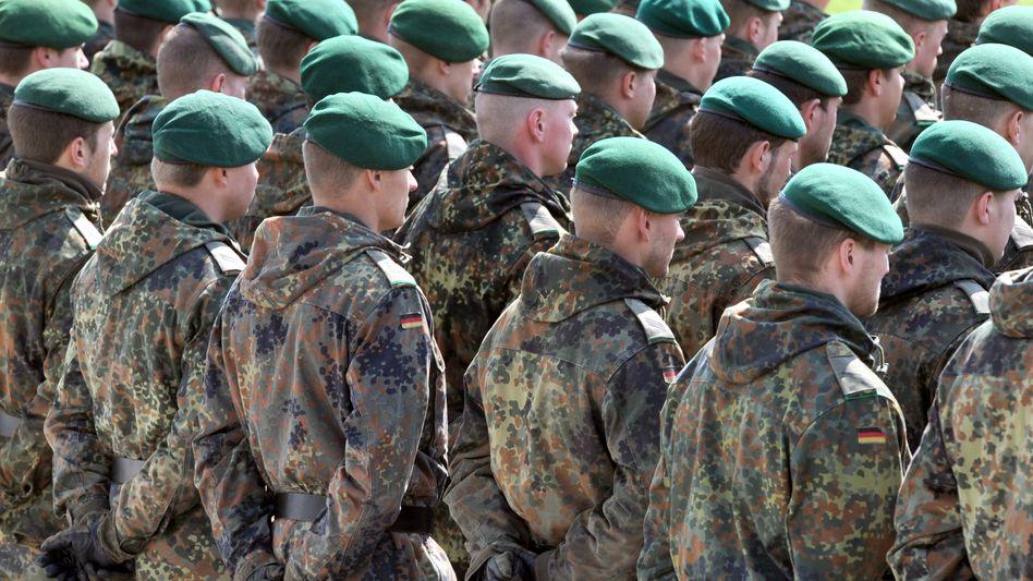 """Bundeswehrsoldaten in Amberg (Archivbild): """"Wir haben keine echte Besserung"""""""