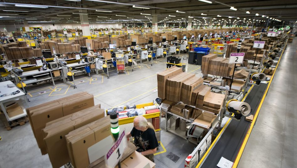 Amazon-Mitarbeiter in Bad Hersfeld (Archiv)
