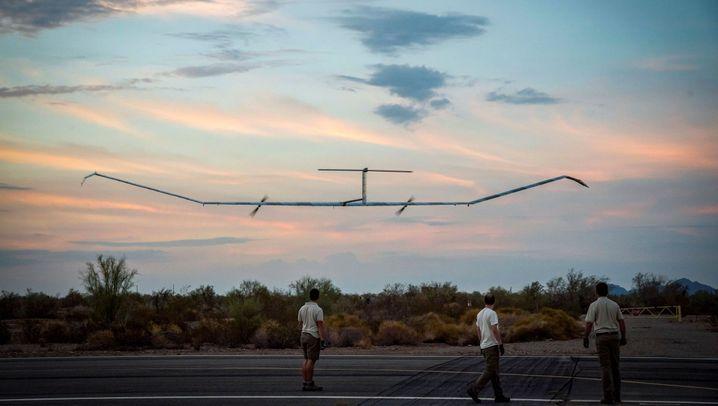 """Solarflugzeug """"Zephyr S"""": Der Überflieger"""
