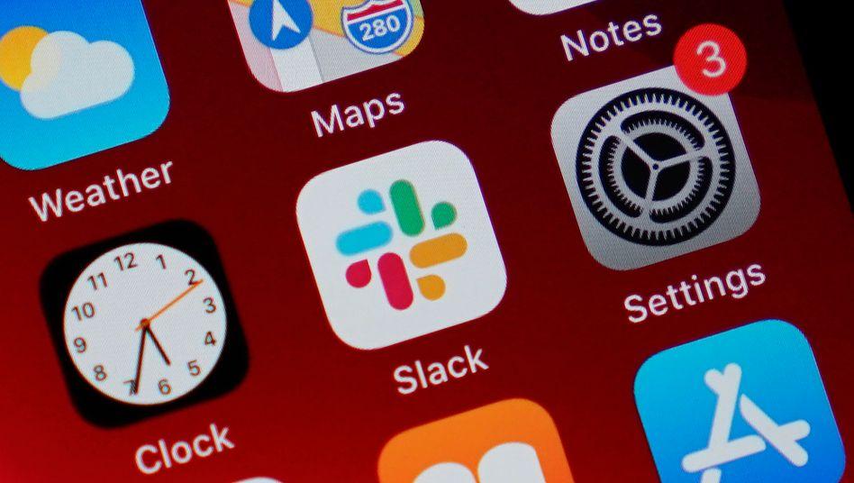 Slack-App auf einem Handy: Harter Konkurrenzkampf mit Zoom und Microsoft-Teams