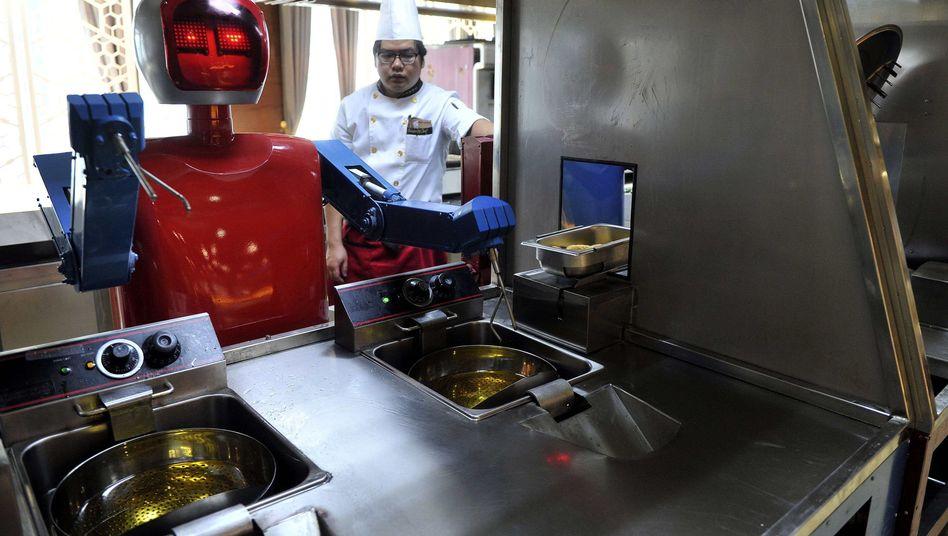 Kochroboter (Symbolbild): Kochen ist selbst für viele Menschen zu komplex
