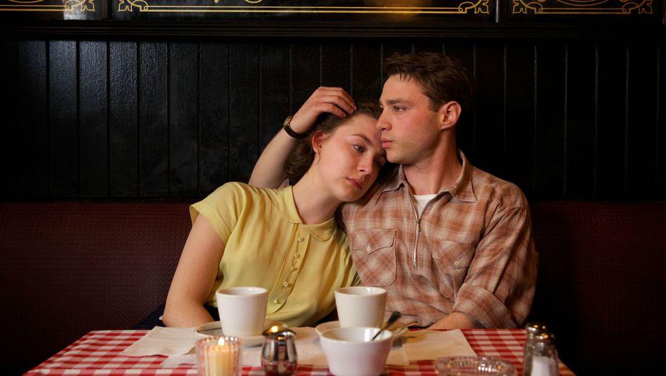 "Liebesdrama ""Brooklyn"": Goldglänzende Fantasterei"