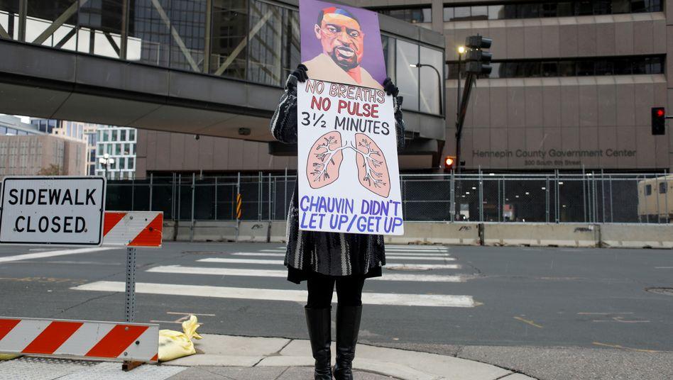 Protest in Minneapolis während der Schlussplädoyers
