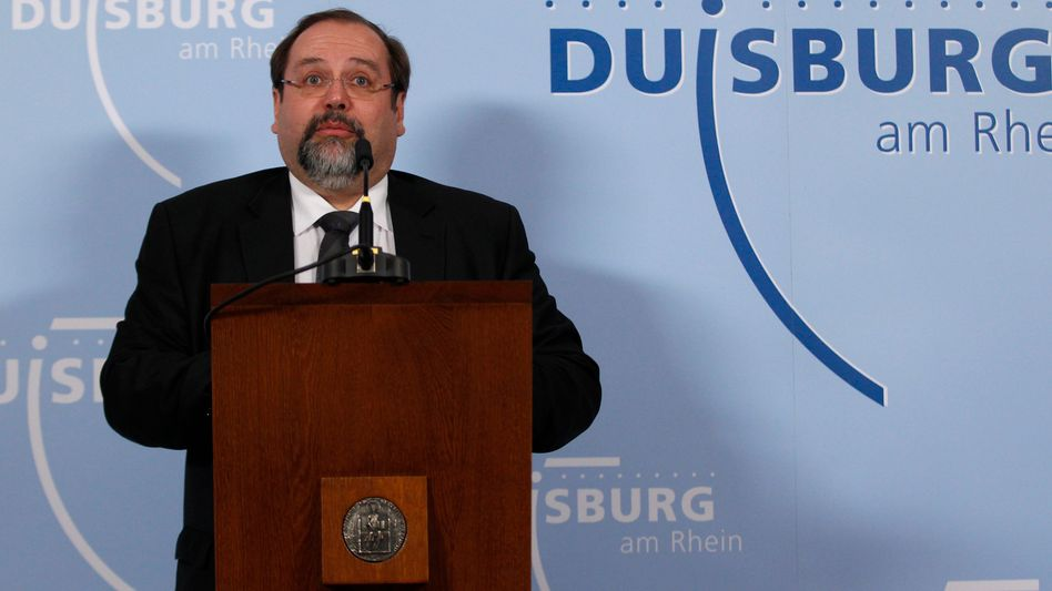 Duisburg's mayor Adolf Sauerland responding to the vote that ousted him from office.