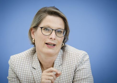 KMK-Präsidentin Stefanie Hubig: Es dürfe keinen Unterschied machen, ob ein Kind in Aachen oderZwickaugeboren sei