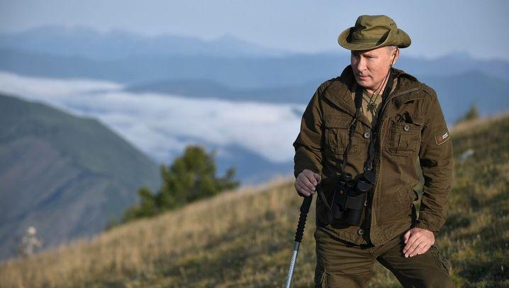 Fotostrecke: Der russische Präsident, der Naturbursche
