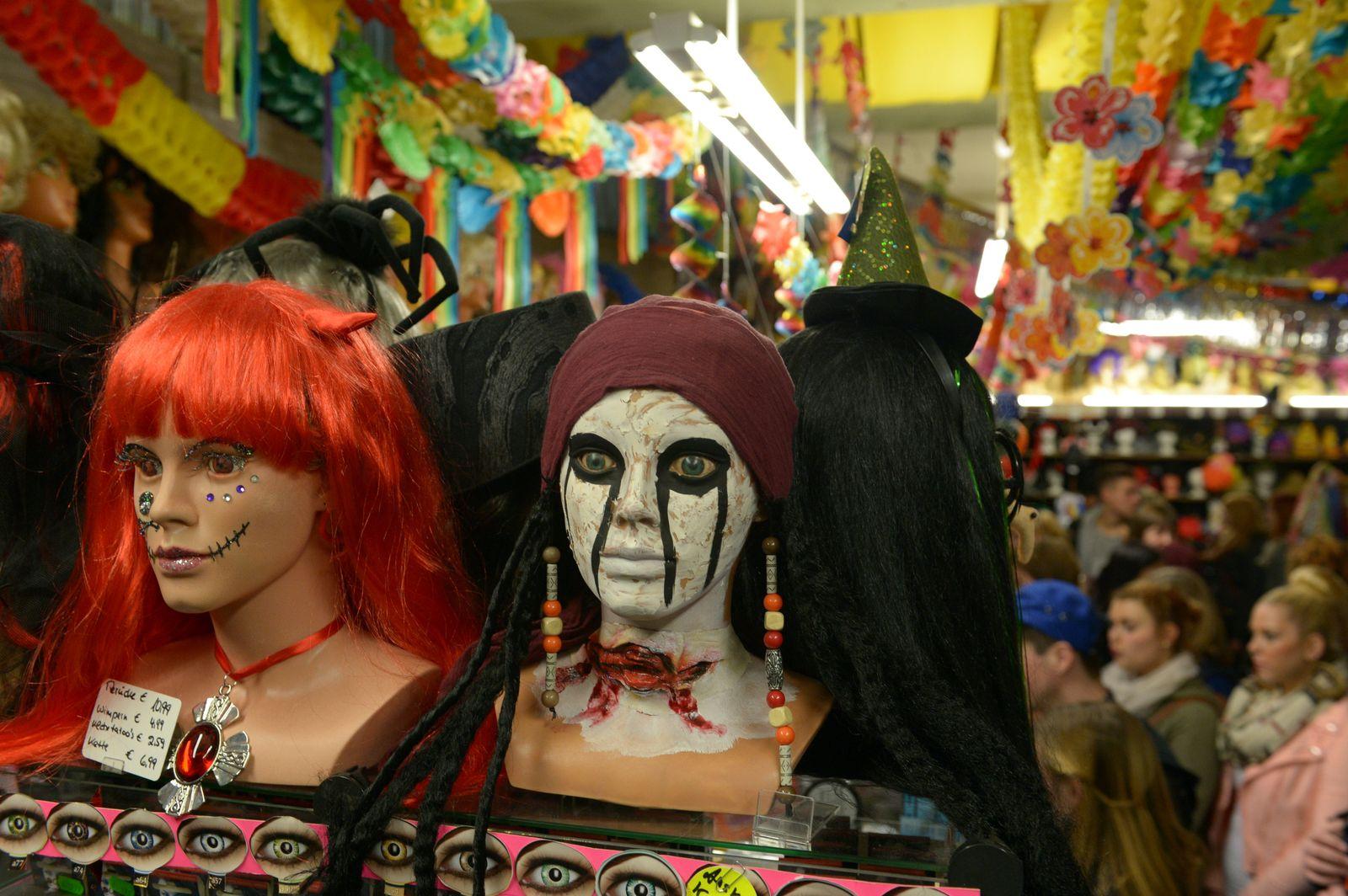Halloween in Berlin - das Kostümgeschäft boomt