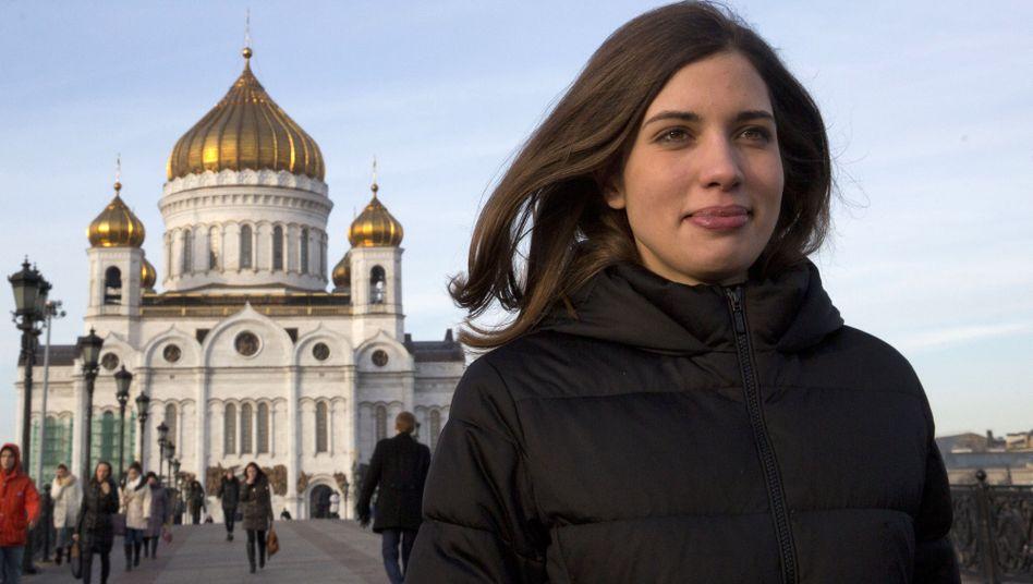 """Aktivistin Tolokonnikowa: """"Lies keine Nachrichten, mach sie!"""""""