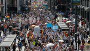 Mehr als 10.000 Menschen demonstrieren in Berlin gegen Corona-Regeln
