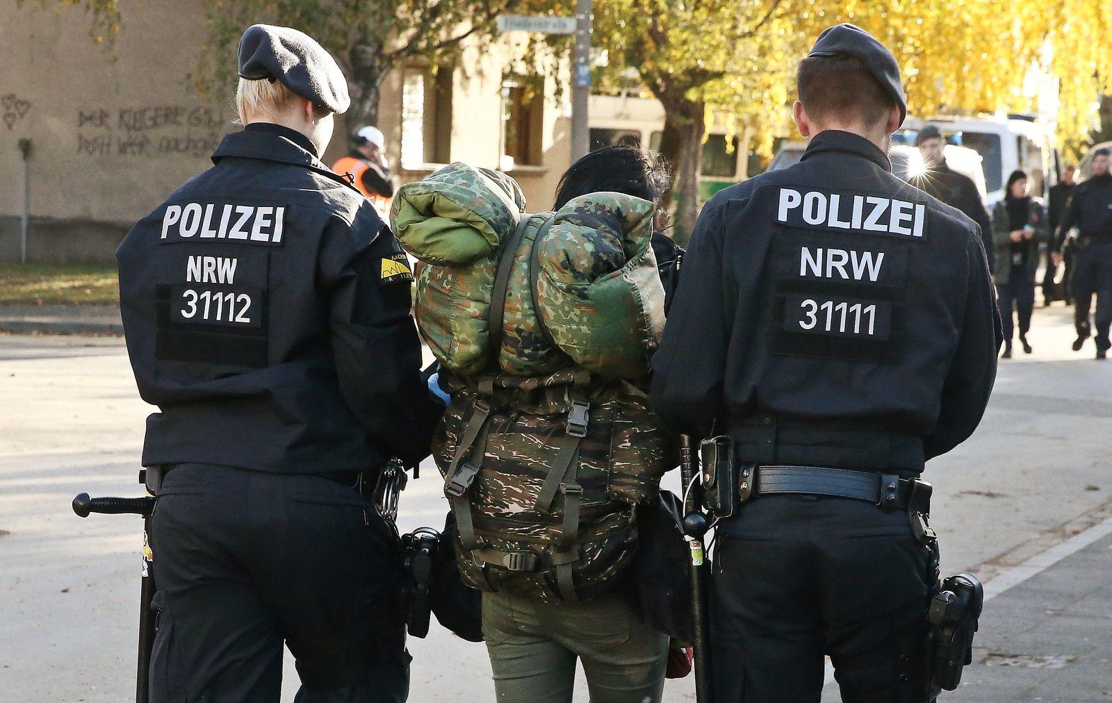 Polizeieinsatz in Hambach