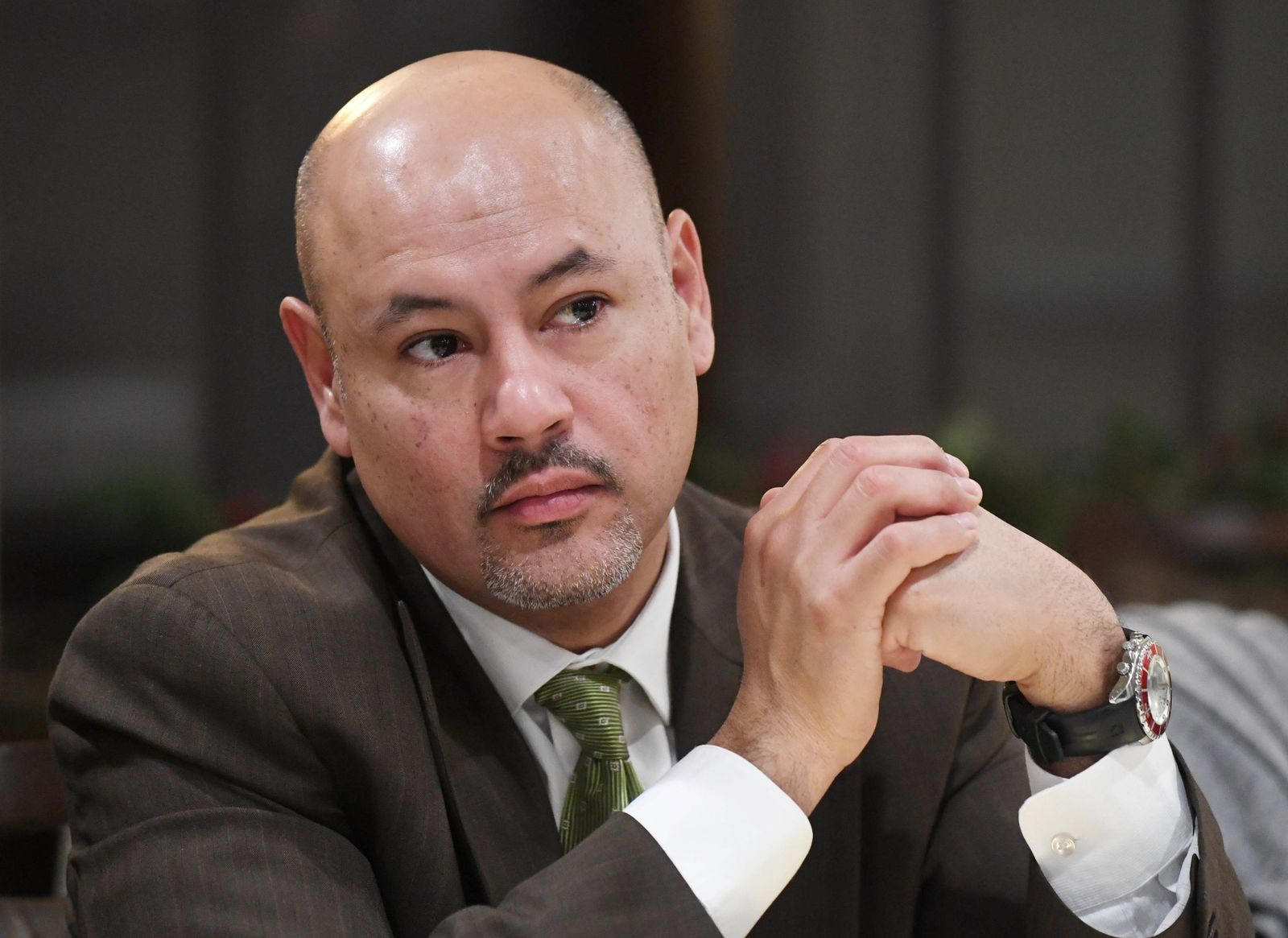 EINMALIGE VERWENDUNG Alberto Ayala