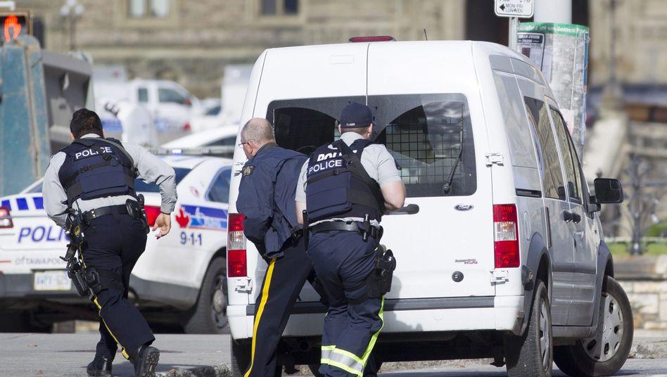 Polizeieinsatz nach der Schießerei in Ottawa: Es gab wohl nur einen Täter