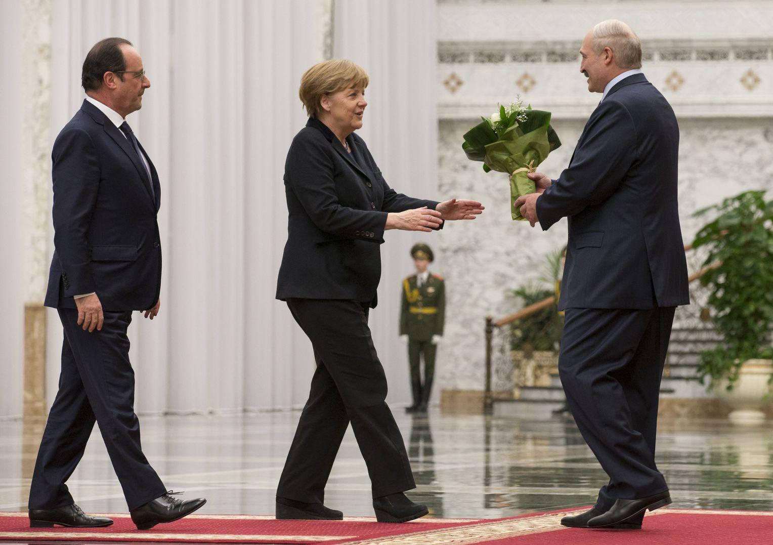 Alexander Lukaschenko beim Ukraine-Gipfel: Die schönste Nacht des ...