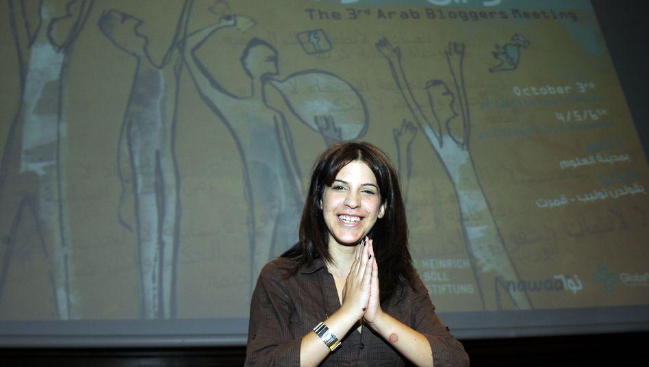 Tunesische Bloggerin Lina Ben Mhenni (Archivbild): Engagiert gegen Behörden-Zensur