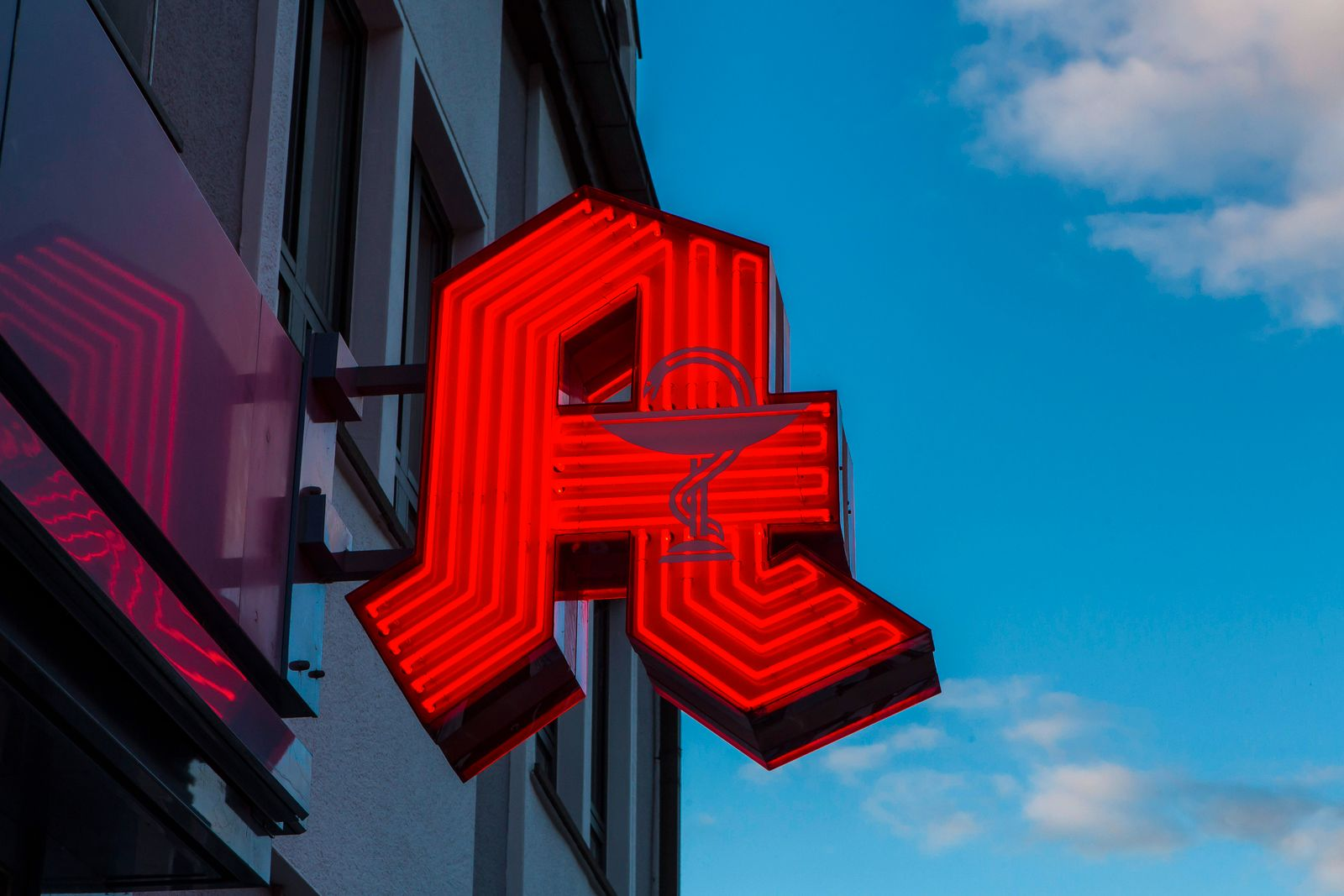 Logo einer Apotheke in Bad Münstereifel ( NRW ). Apotheke *** Logo of a pharmacy in Bad Münstereifel NRW Pharmacy