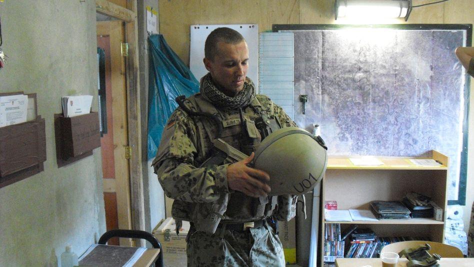 Offizier Bohnert in Kunduz 2011
