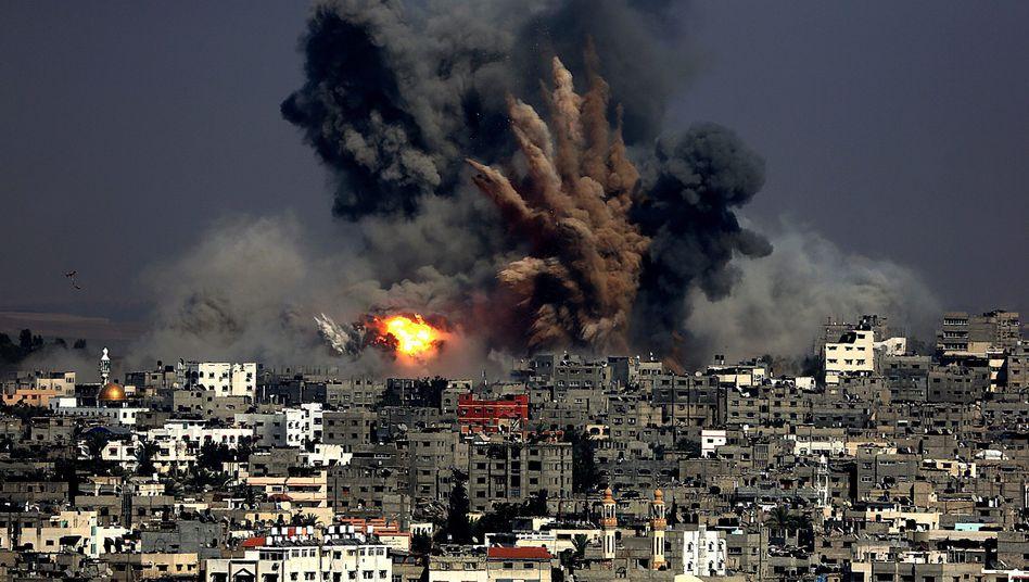 Israelischer Luftschlag im Gaza-Streifen: Erneut Dutzende tote Zivilisten