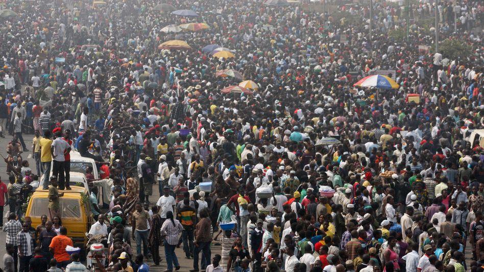 """Massenproteste in Lagos: Ein """"entspanntes"""" Wochenende soll folgen"""