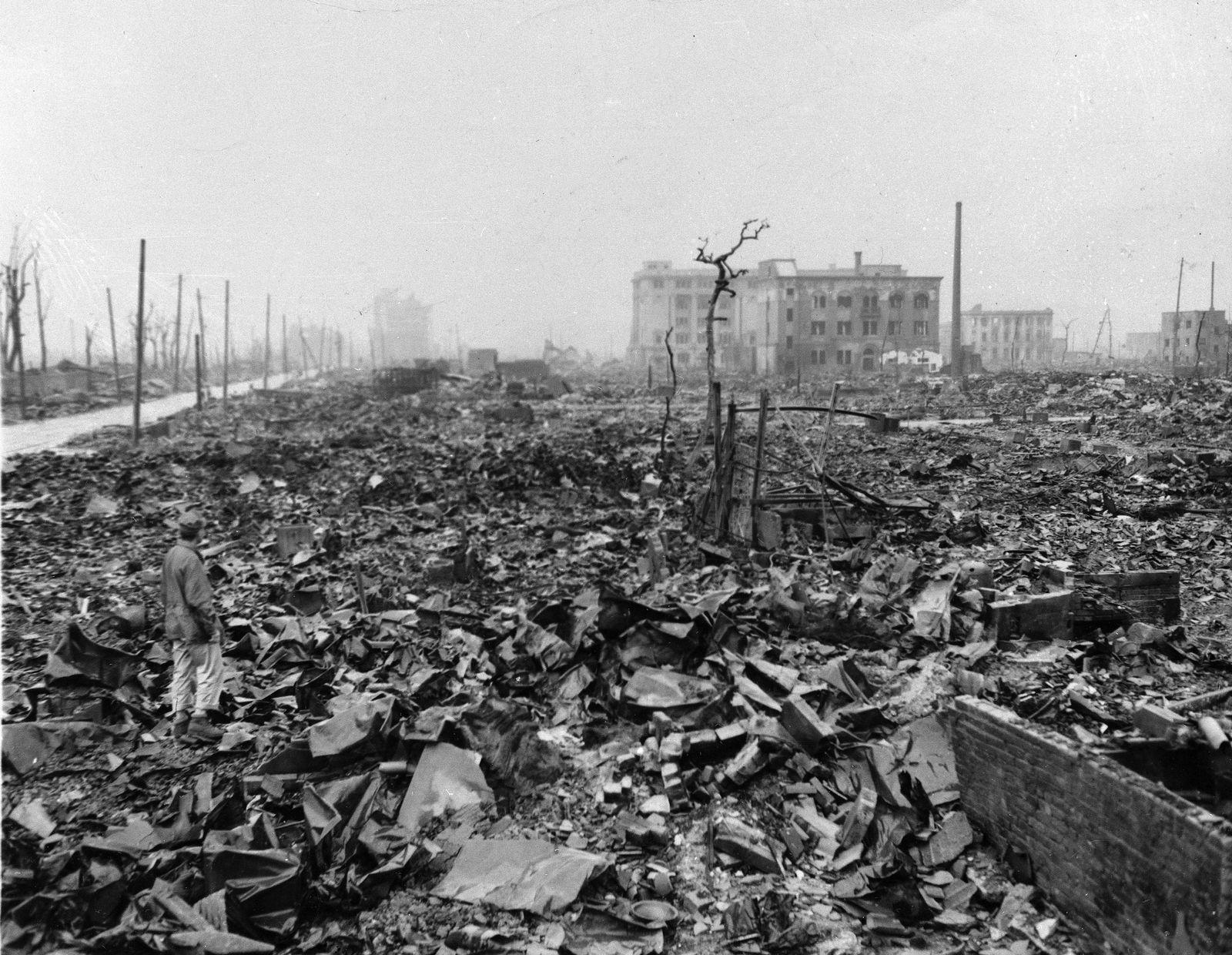 EINMALIGE VERWENDUNG Atomare Wüsten #13