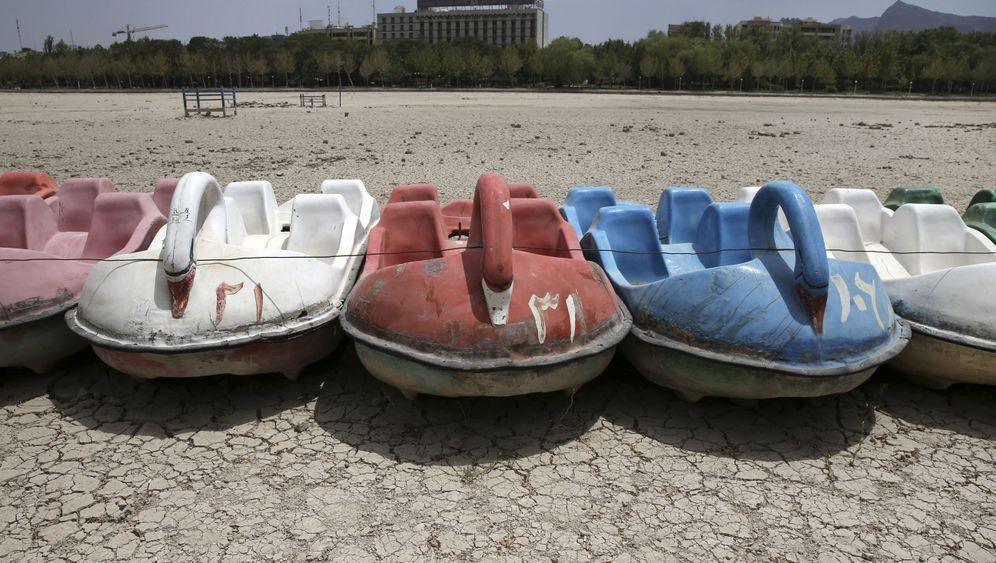 Hitze und Dürre in Iran: Auf dem Trockenen