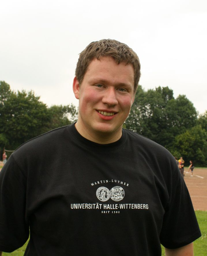 Robert Roth , 24, gehört zum zweiten Bachelor-Jahrgang im Fach Physik der Martin-Luther-Universität Halle-Wittenberg