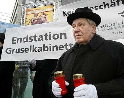 Demonstration der Patientenschutzorganisation: Verachtung der Toten
