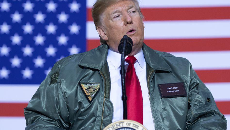 Per Haftbefehl gesuchter Commander-in-Chief: Donald Trump 2018 bei einem Besuch der US-Truppen im Irak