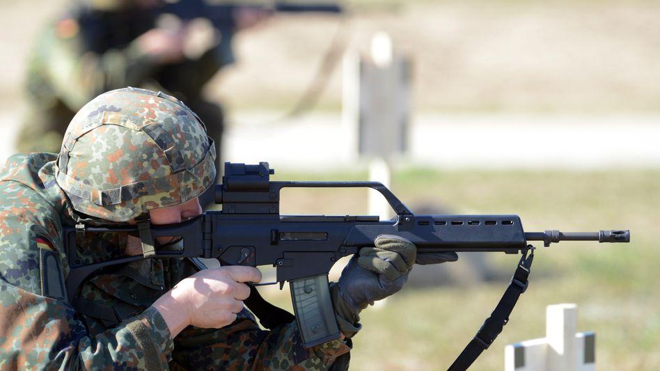 Schießübung mit dem G36: Grundausstattung der Bundeswehr