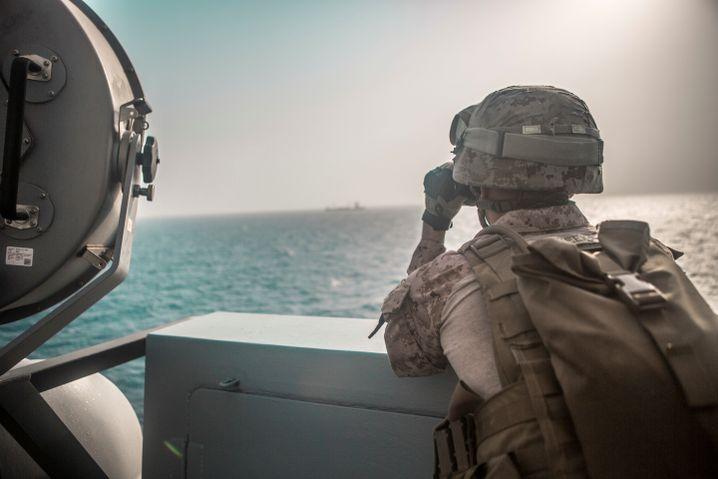 Belauern am Golf: US-Marinesoldaten in der Straße von Hormus