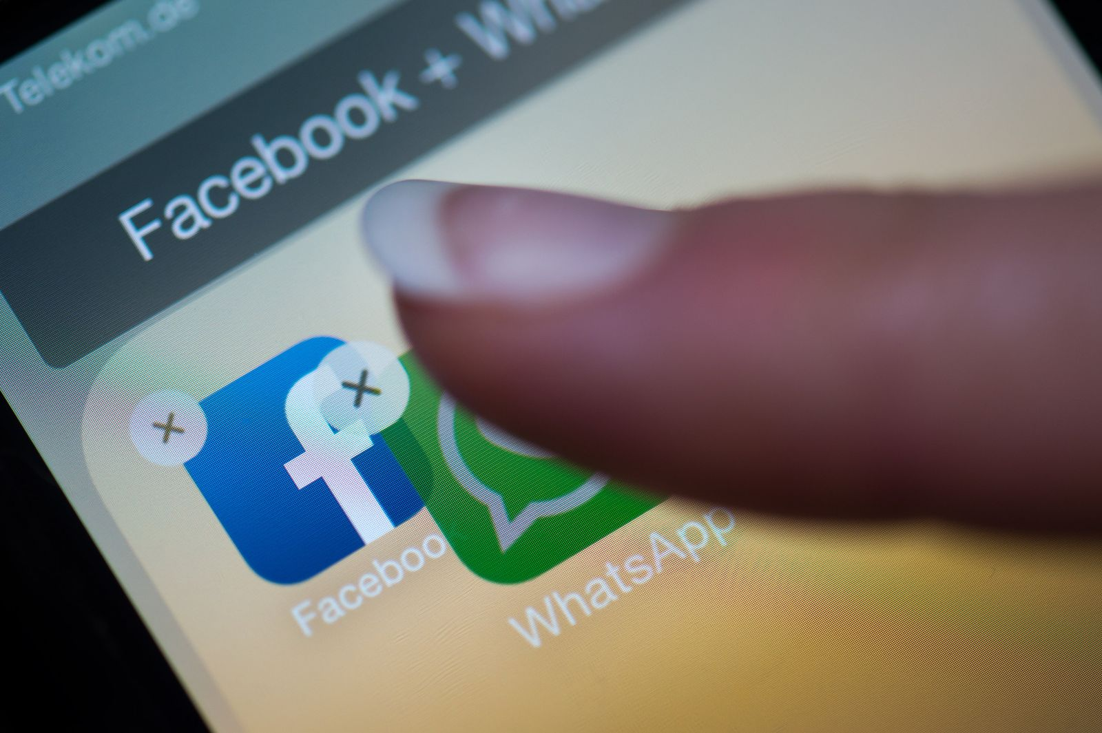Facebook / WhatsApp