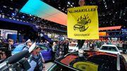 Mercedes-Benz weist Verkaufsstopp-Begehren der Umweltverbände zurück