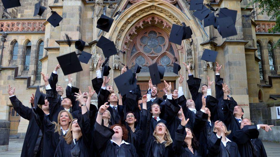 Studenten der Handelshochschule Leipzig (HHL): Where's your hat at?