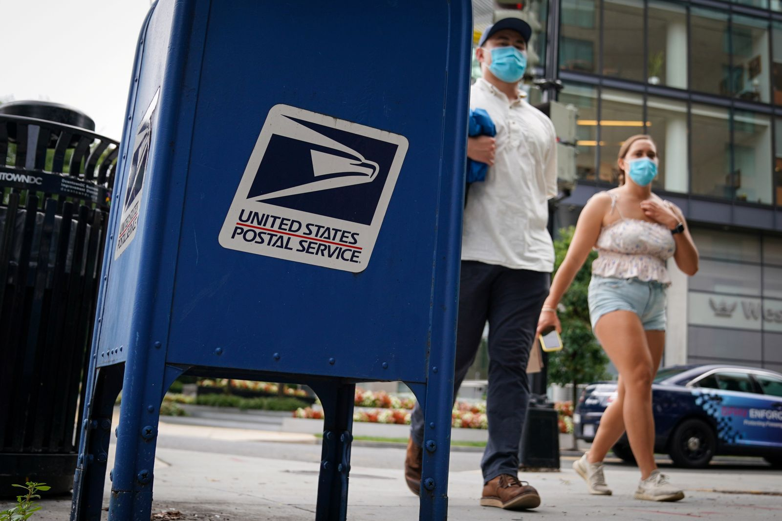 Stimulus Bill Negotiations Stall on Postal Service Funding