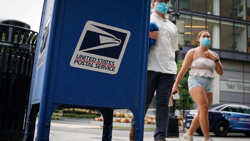 Die US-Post baut immer mehr ihrer blauen Briefkästen ab, der Senat will das per Gesetz bis auf Weiteres verbieten