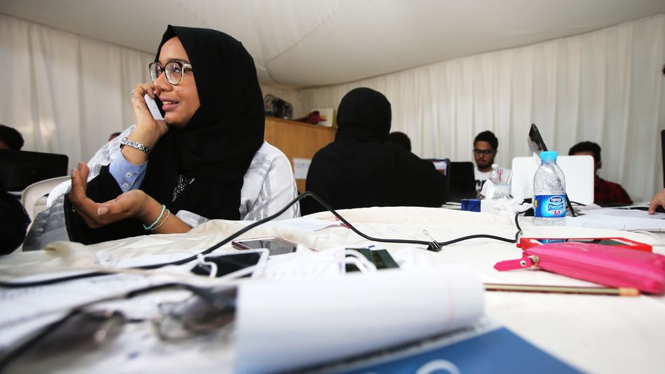 Wahlkampfzentrale einer weiblichen Kandidatin: 900 Frauen haben sich aufstellen lassen