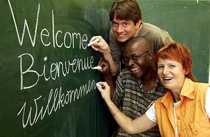 Lehrer der dreisprachigen Grundschule in Magdeburg: Vielsprachige Zukunft
