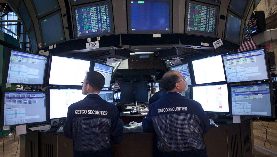 Händler an der New Yorker Börse: Wachsende Sorgen um die Weltwirtschaft