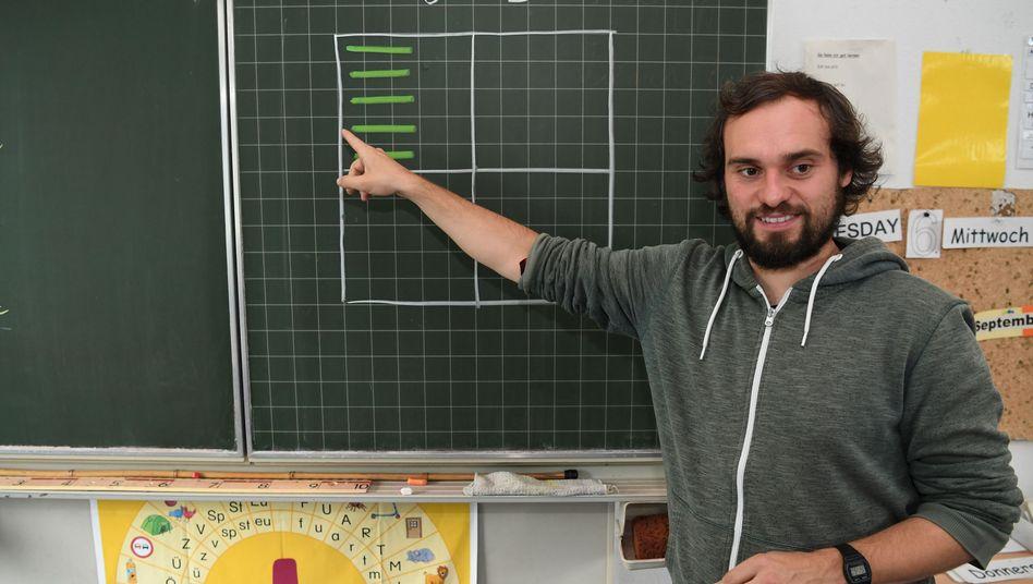 """Seltenes Exemplar: Kristian Bunte war ein """"Teacherman"""" - und nun tatsächlich Grundschullehrer"""
