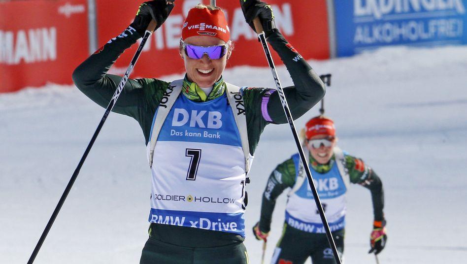 Denise Herrmann (vorne) und Franziska Hildebrand