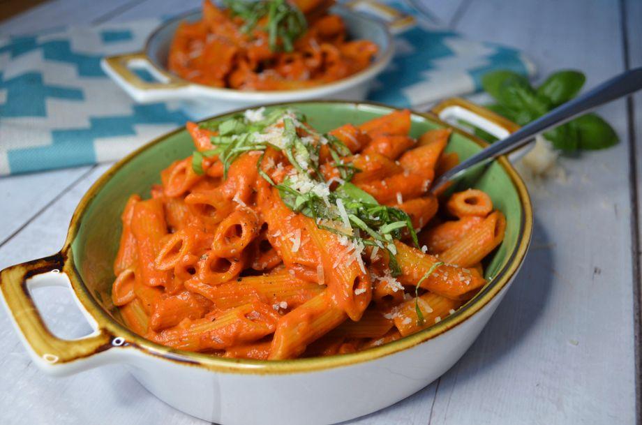 Die erwachsene Version von Spaghetti mit Tomatensoße: Penne mit Wodkasoße!