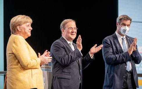 Kanzlerin Merkel, Kandidat Laschet, CSU-Chef Söder beim Wahlkampfauftakt der Union in Berlin