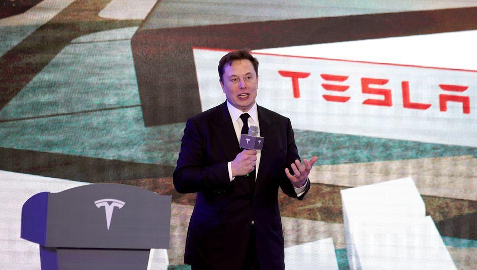 Tesla-Chef Elon Musk (Archivbild): Die Aktie hat die 1000-Dollar-Marke überschritten